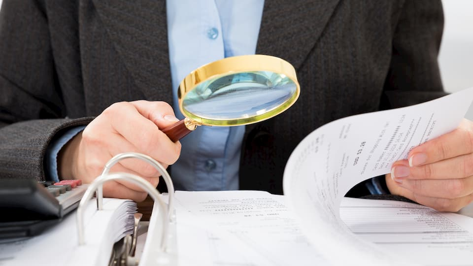 Magnifying Glass Paper
